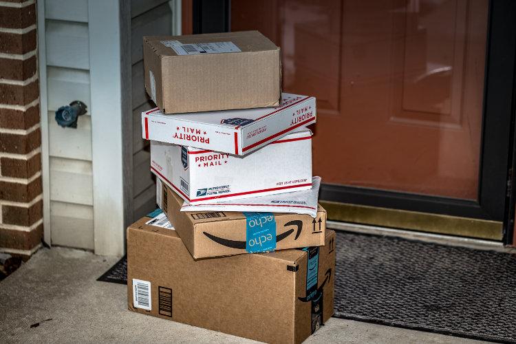 Melhor frete internacional Priority Mail